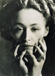 Nusch Eluard, Dora Maar  Here are some fantastic images of Dora Maar who was a model and lover for Picasso for about ten years.  Though I love his paintings of her, it is nice to see how others saw her.  S