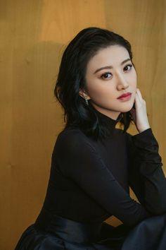 Korean Women, Korean Girl, China Girl, Beautiful Asian Girls, Beautiful Women, Chinese Actress, Girl Wallpaper, Sexy Hot Girls, Beautiful Celebrities
