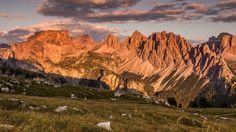 #BurningDolomites Non perdetevi uno dei fenomeni naturali più belli al mondo; parliamo del fenomeno del Burning... fb.me/8tYHQuzUu