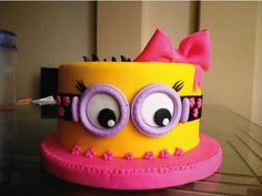 Red Carpet Child's Cake Girl Minion Cake, Torta Minion, Pink Minion, Minion Theme, Minion Party, Girls Birthday Party Themes, Minion Birthday, Birthday Cakes For Men, Toy Story Birthday