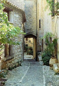 Saint-Paul de Vence, Provence-Alpes-Cote d'Azur, France by eve