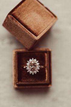 Dream Engagement Rings, Wedding Engagement, Wedding Bands, Perfect Wedding, Dream Wedding, Wedding Day, Champagne Diamond Rings, Fiancee, Ring Verlobung