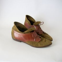 Vintage Leather Oxford Booties . RARE Womens Size 13 . Olive Suede . Toffee Leather . 1980s