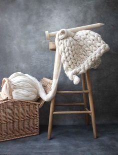 Comment tricoter une couverture grosse maille – astuces, images et vidéos  pour en profiter au maximum 007839032ca