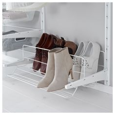 Discover IKEA's signature ELVARLI and ALGOT closet organizer systems, featuring interchangeable parts and customizable designs for a versatile storage solution. Ikea Algot, Shoe Organizer Ikea, Shoe Organiser, Closet Organization, Organization Ideas, Storage Ideas, Garage Shoe Storage, Console, Clothes Rail