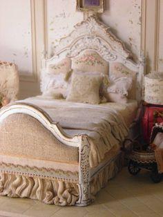 miniature bedroom by Maritza Moran