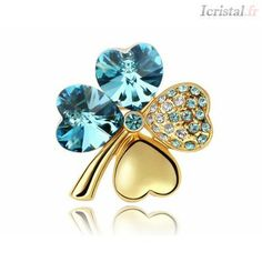Blue Pearls - Yellow Gold plated Clover Brooch made with a Blue Crystal from Swarovski CRY G * You can get additional details at the image link. (This is an affiliate link) Crystal Brooch, Crystal Jewelry, Blue Crystals, Swarovski Crystals, I Love Jewelry, Women Jewelry, Trendy Accessories, Blue Pearl, Fle
