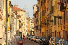 """Parma, colorida e envolvente - """"Roteiro 1 dia em Parma na Itália"""" by @Alexandra Aranovich"""