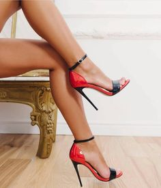 Friday feeling😍let's dance! Shoe Selfie, Red Sandals, Hot High Heels, Crazy Shoes, Sexy Feet, Stiletto Heels, Fashion Shoes, Cool Style, Christian Louboutin