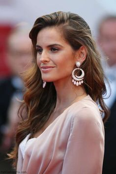 """Izabel Goulart wearing De Grisogono earrings at the """"Loving"""" premiere during the 69th annual Cannes Film Festival. #cannes #festivaldecannes #izabelgoulart"""