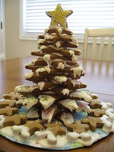 Gingerbread Christmas tree made out of star cutters.