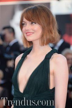 saçlar güzel..elbisenin rengi de pek şahane