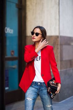 How To Wear a Red Blazer With Blue Jeans For Women looks & outfits) Mode Outfits, New Outfits, Summer Outfits, Blazer Outfits, Blazer Fashion, Office Outfits, Fall Outfits, Outfits 2014, Basic Outfits