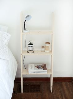 DIY Ladder Shelf @themerrythought