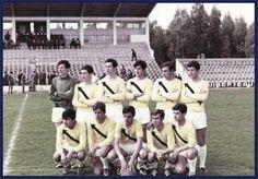 https://flic.kr/p/nhXQ7b   1966-67 Juvenil A. Campeon de Liga y Copa   1966-67 Juvenil A (Campeon de Liga y Copa). Tomas, Aniceto, Pedrito, Mastro, Mateos, A. Morales. Agachados: Fale, Tosi, Pozueco, Balbino y Espejo.