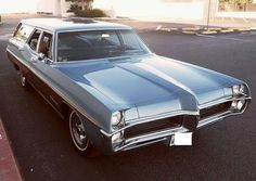 1967 Pontiac Executive Estate wagon. Very Cool....