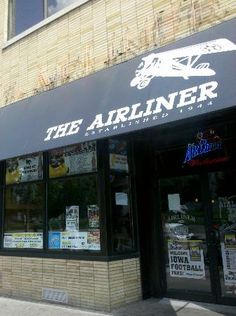 Pizzeria/American Bar: The Airliner The Airliner has been a staple in downtown Iowa City for over six decades. Known for their delicious pizza and fun atmosphere on game days, Airliner is the perfect spot for college students.
