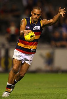 BUNGEE!!! Australian Football, Crows, Football Team, Running, Sports, Image, Ravens, Hs Sports, Raven