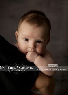 3 months old! 3 Month Old Baby Pictures, 4 Month Old Baby, Newborn Pictures, Baby Photography Poses, Children Photography, Toddler Photos, Baby Poses, 4 Month Olds, Fall Family Photos