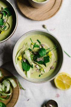 Creamy Tahini & Lemon-Asparagus Soup | dolly and oatmeal