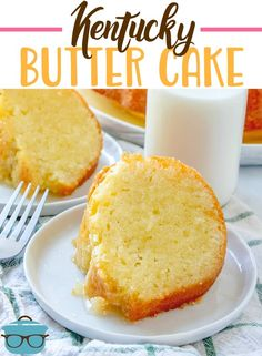 Butter Cake is a homemade moist butter cake that is topped with a buttered rum sauce. The ultimate southern cake recipe!Kentucky Butter Cake is a homemade moist butter cake that is topped with a buttered rum sauce. The ultimate southern cake recipe! Brownie Desserts, Oreo Dessert, Mini Desserts, Just Desserts, Delicious Desserts, Dessert Recipes, Southern Desserts, Pavlova, Cupcakes