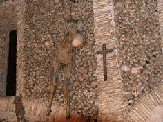 Capela Dos Ossos (Bone Chapel) - Evora, Portugal