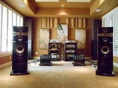 rooms Luxury rooms Vintage – Yothin Uhlherr – Be… – summer vacation – Audioroom Audiophile Speakers, Hifi Audio, Mc Intosh, Hifi Stand, Sound Room, Cd Player, Hi Fi System, Audio Room, Entertainment Room