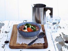[kjøkkentjeneste]: Svineknoke i tomatbasert gryte