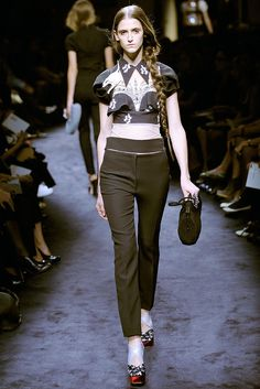Miu Miu Spring 2010 Ready-to-Wear Fashion Show - Daiane Conterato (Elite)