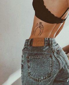 Piercing for girls shorts 32 trendy Ideas Mini Tattoos, Trendy Tattoos, Sexy Tattoos, Body Art Tattoos, Small Tattoos, Tattoos For Women, Tatoos, Petite Tattoos, Woman Tattoos