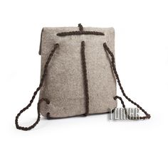 Backpack messenger. Composition: felt - 100% wool. Handmade. Technique - sollid-rolled. Handles - rope. Catalogue 2017 Tumar Art Group