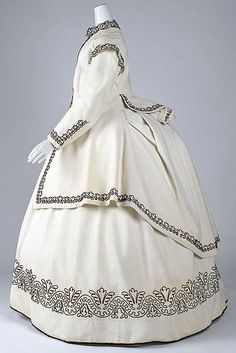 Dress (image 2) | British | 1865 | cotton, wool | Metropolitan Museum of Art | Accession Number: 1985.23.1a, b