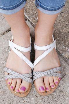 Faux Leather Criss Cross Straps Sandals Archer-371 – UOIOnline.com: Women's Clothing Boutique