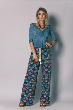 Blusa Basica Azul - Novidades