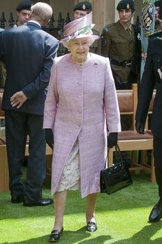Queen Elizabeth II Photos - Queen Elizabeth II greets wellwishers as she attends the 150th Anniversary of the Eton Combined Cadet Force at Eton College on May 27, 2010 in Eton, United Kingdom. - Queen Elizabeth II Attends 150th Anniversary Of Eton Cadet Force
