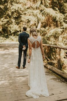 An intimate elopement in the woods of Upper Austria, Tyrol. One of the most inspiring wedding I got to shoot this year. Boho Wedding Dress, Wedding Dresses, Austria, Wedding Inspiration, Goals, Beautiful, Summer, Fashion, Wedding