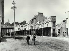 This photograph from September 1901 depicts Argyle Street in The Rocks. The images highlights the most dilapidated buildings and filthy laneways, to support the Government's case for redevelopment. The Rocks Sydney, Argyle Street, Australian Photography, Sydney City, Historical Images, View Image, Continents, Old Photos, Tourism