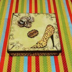 Caixa sapato de onça
