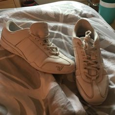 Like new Cheer shoes now19 payed 53blackfridaysale They are white now 19 was 25 payed 56 Varsity Shoes