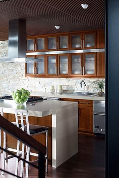 2014 kitchen design trends: open shelves, glass cabinet fronts