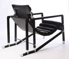 Eileen Gray Transat Chair image 7