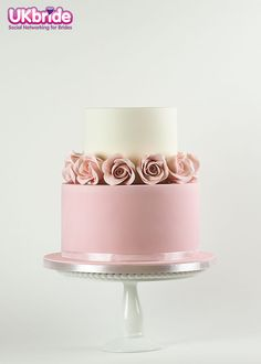 Beautifully simple cake by Rosalind Miller Cakes. This is perfect if you're having a 'cake table. Wedding Cake Designs, Wedding Cake Toppers, Pink Wedding Cakes, Wedding Cake Cupcakes, Wedding Cake Roses, Lilac Wedding, Cream Wedding, Fall Wedding, Wedding Reception
