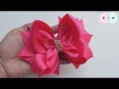 Laço Veneza 🎀 Ribbon Bow Tutorial 🎀 DIY by Elysia Handmade Baby Hair Bows, Ribbon Hair Bows, Diy Ribbon, Ribbon Flower, Fabric Bow Tutorial, Hair Bow Tutorial, Flower Tutorial, Fabric Bows, Fabric Flowers