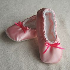 Ballet Slipper tutorial. It can easily be made in a different color to be a pair of boy slippers