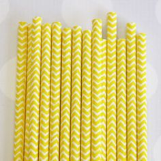 Paper Straws: Daffodil Yellow Chevron