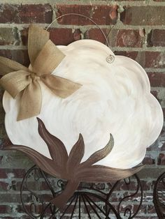 Greet your guests with a beautiful Cotton Boll Door Hanger. This product is hand drawn, hand cut, sa Wooden Door Hangers, Wooden Doors, Wooden Wall Art, Wood Art, Cotton Painting, Tole Painting, Stained Glass Patterns Free, Door Hanger Template, Stained Glass Church