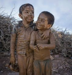 S kut-u Lisan Selameti nsan Poor Children, Precious Children, Beautiful Children, Beautiful Babies, Kids Around The World, We Are The World, People Of The World, Village Photography, Cute Kids Photography