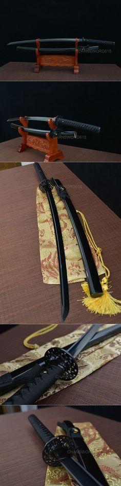 all black katana 1060 blackened Katana Swords, Samurai Swords, Swords And Daggers, Knives And Swords, Ronin Samurai, Arte Ninja, Japanese Sword, Kendo, Fantasy Weapons