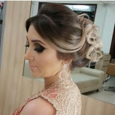 Brides & Bridesmaids Hairstyles - All For Hairstyles DIY Communion Hairstyles, Ball Hairstyles, Bride Hairstyles, Cute Hairstyles, Bridesmaids Hairstyles, Bridesmaid Hair, Prom Hair, Wedding Hair Down, How To Make Hair
