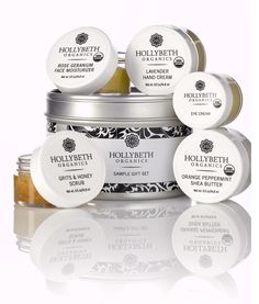 HollyBeth Organics' Sample Gift Set is the starter gift set for anyone wanting healthier skin! It includes a sampling of our best sellers and fan favorites.